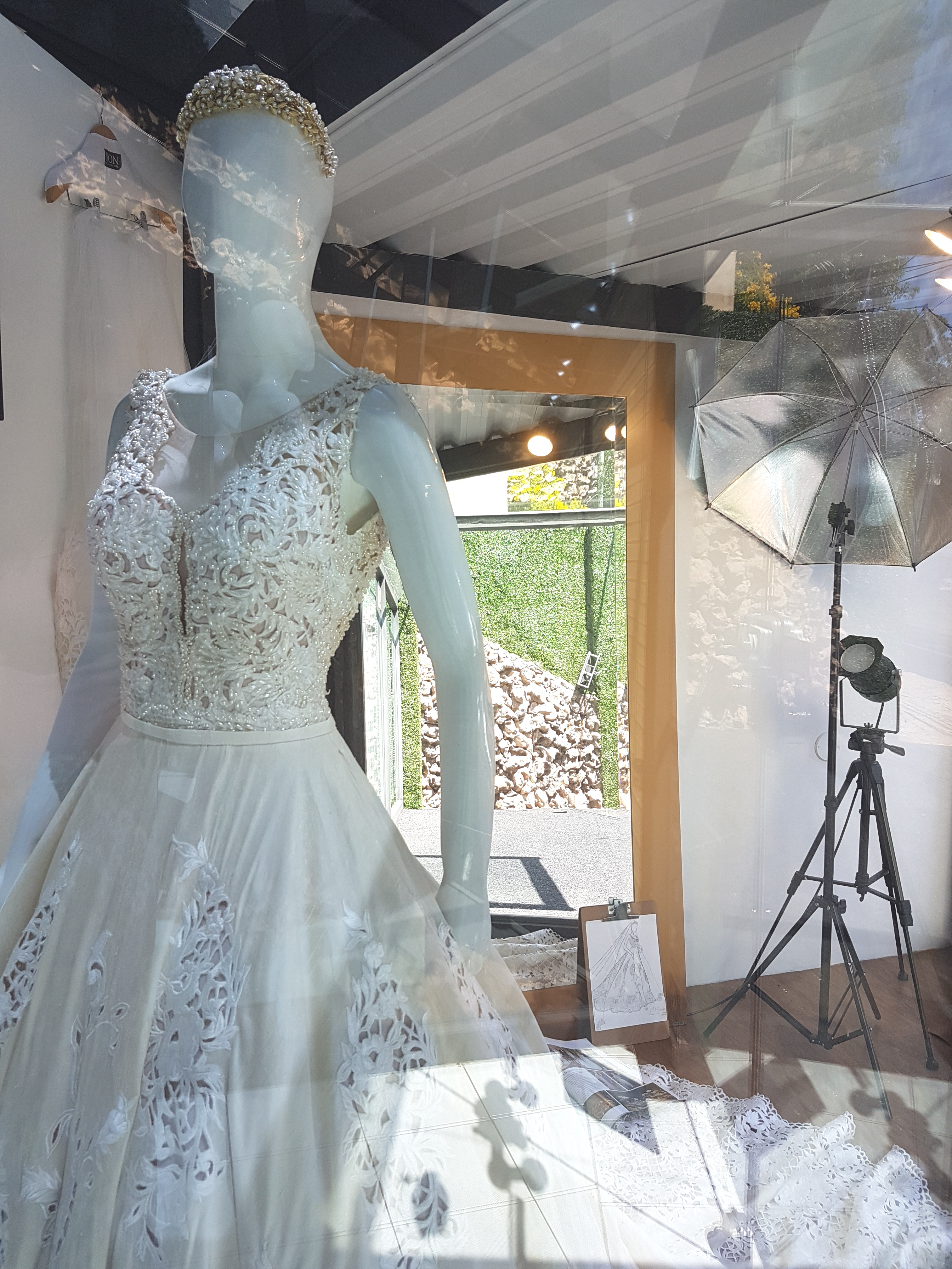 MARIA SONIA / VIDRIERA DE AUTOR - LYON Fabrics & Couture